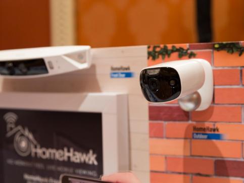 CES 2018:松下发布HomeHawk无线安防系统