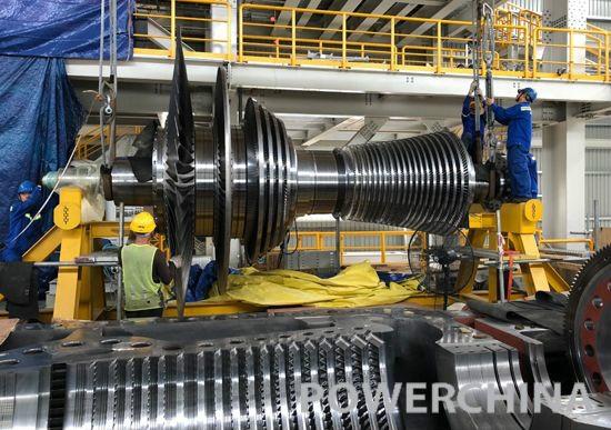 马来凯德隆项目一号机组汽轮机扣缸成功