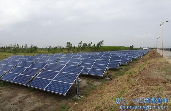 约旦正实施为10万个家庭供电的太阳能项目